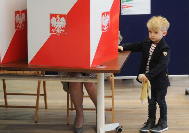 Wnuk premier Ewy Kopacz, wybory w Polsce