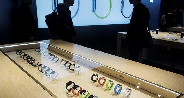 Zegary iWatch w salonie Apple w Japonii