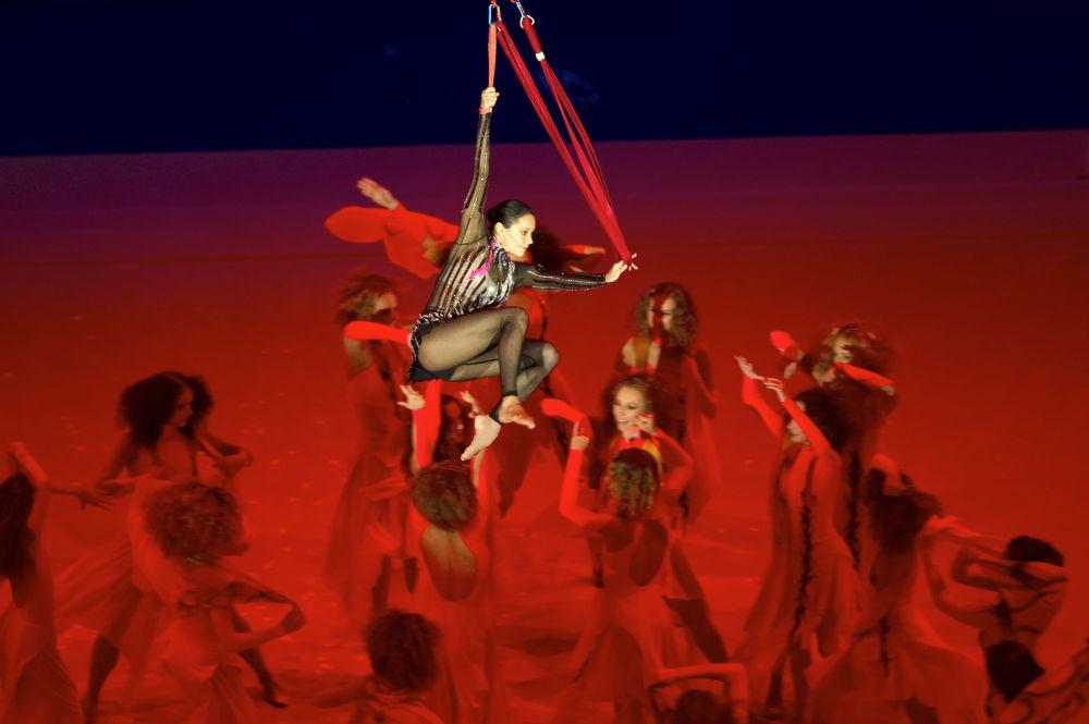 Irina Ciasina na ceremonii zamknięcia Mistrzostw Europy w gimnastyce artystycznej w Moskwie