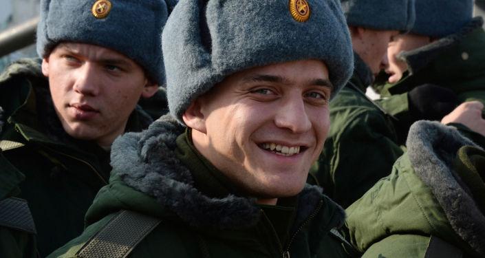Poborowi na terenie punktu rekrutacji we Władywostoku