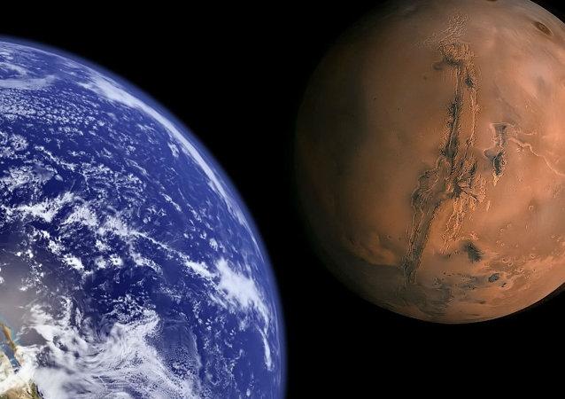 Ziemia i Mars