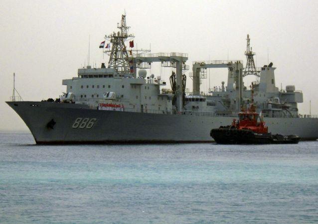 Chiński okręt