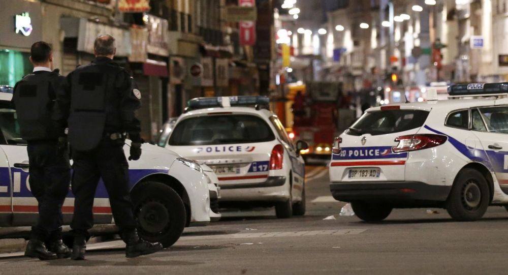 Operacja specjalna francuskiej policji na przedmieściach Paryża