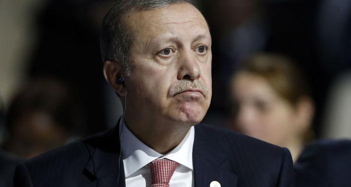 Prezydent Turcji Recep Tayyip Erdogan na Konferencji Narodów Zjednoczonych ws. zmian klimatu w Paryżu