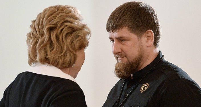 Przywódca Czeczenii Ramzan Kadyrow i Szefowa Rady Federacji Rosji Walentina Matwijenko przed wygłoszeniem orędzia Władimira Putina do Zgromadzenia Federalnego