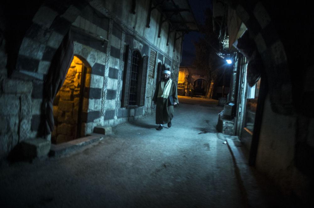 Mężczyzna na jednej z ulic Damaszku