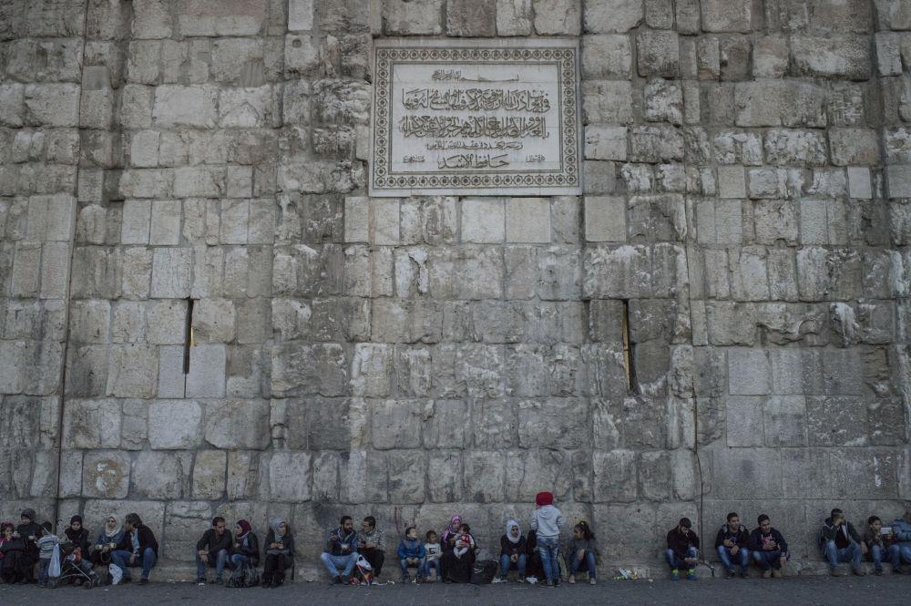 Mur w pobliżu Meczetu Umajjadów w Damaszku