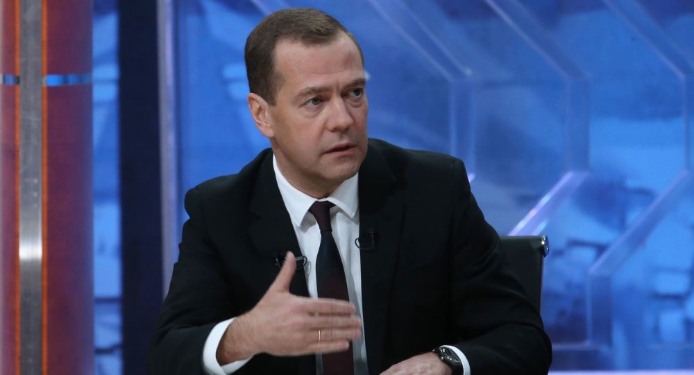 Wywiad premiera Rosji Dmitrija Miedwiediewa dla pięciu rosyjskich kanałów