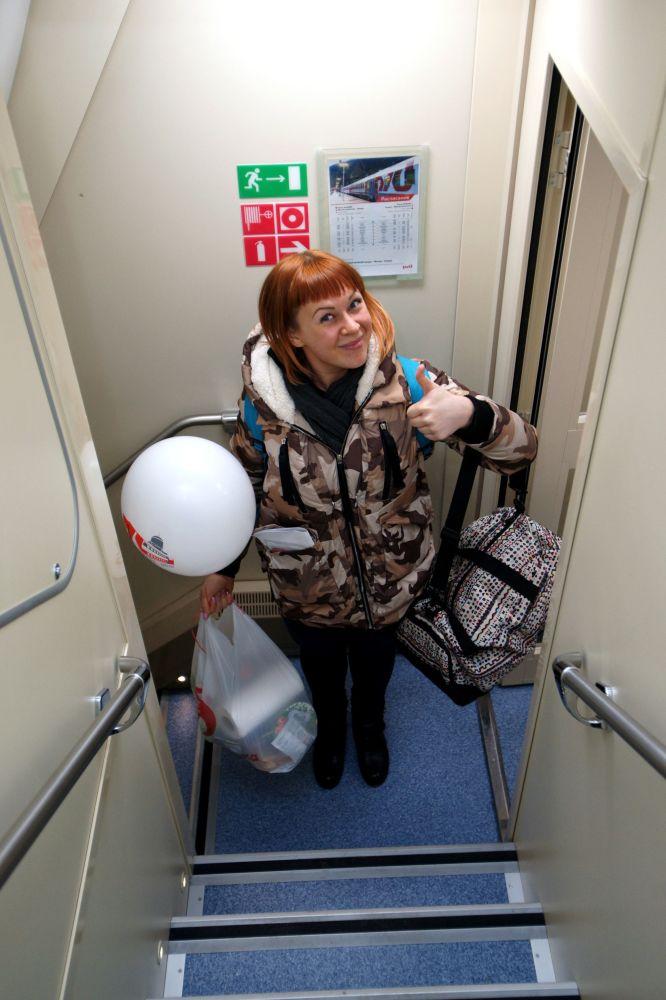 Pasażer nowego dwupiętrowego pociągu Samara-Moskwa
