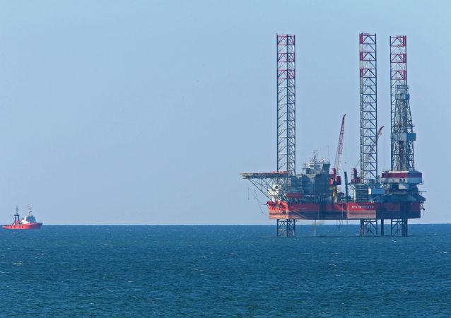 Wiertnia Arkticzeskaja spółki Lukoil