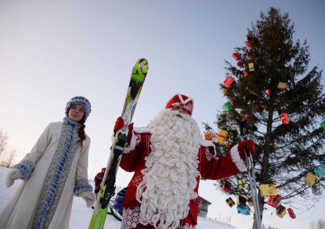 Śnieżynka i Dziadek Mróz w Wołogdzie