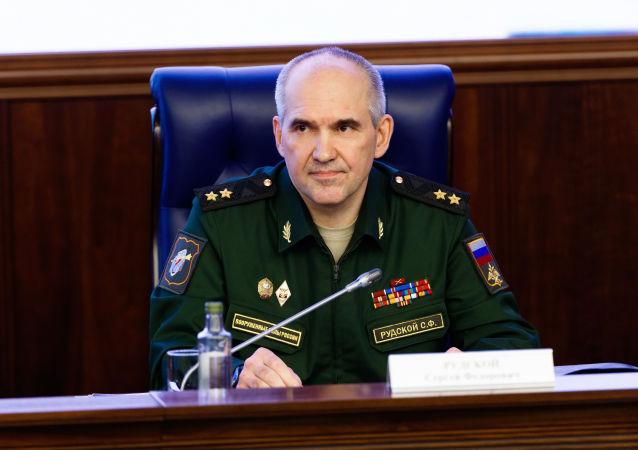 Szef głównego zarządu operacyjnego Sztabu Generalnego Sił Zbrojnych FR gen. Siergiej Rudskoj