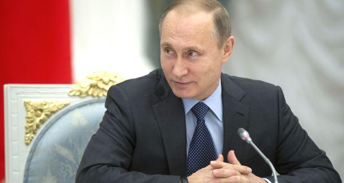 Władimir Putin na posiedzeniu Rady ds. rozwoju kultury fizycznej i sportu i komitetu organizacyjnego Rosja-2018