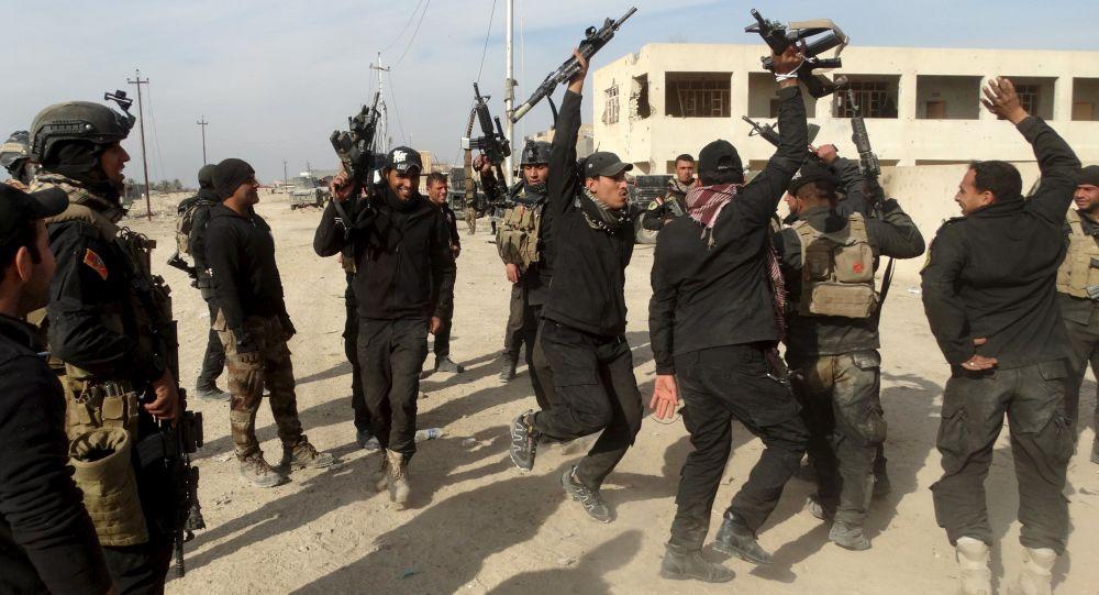 Żołnierze irackiego elitarnego pododdziału antyterrorystycznego w ar-Ramadi