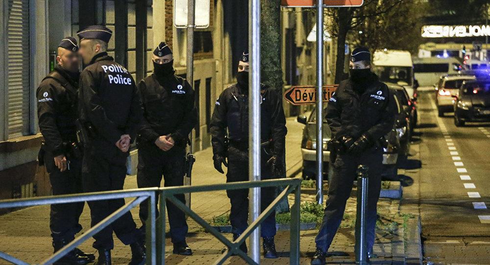 Belgijska policja przeprowadza przeszukania w sprawie planowanych ataków terrorystycznych w okresie Nowego Roku