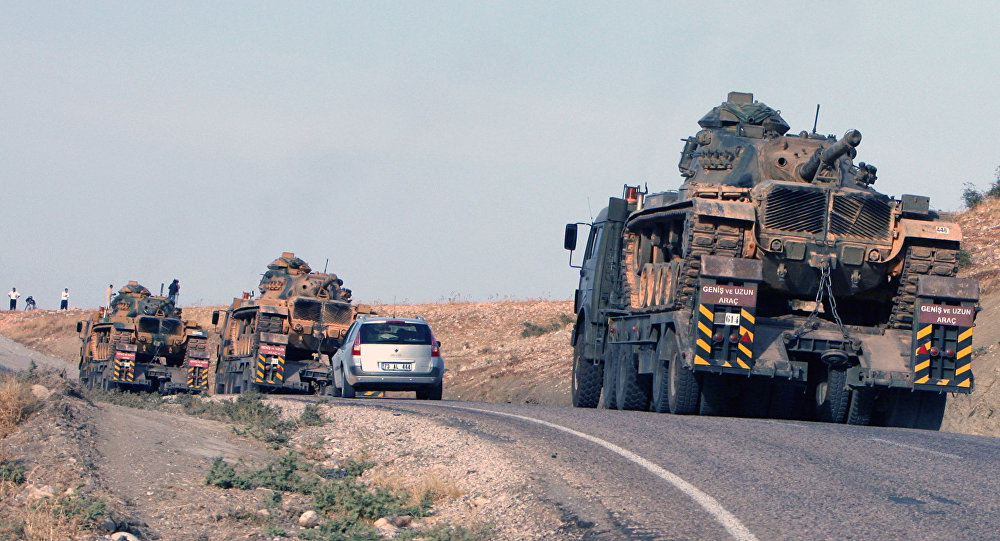 Tureckie czołgi na granicy z Irakiem