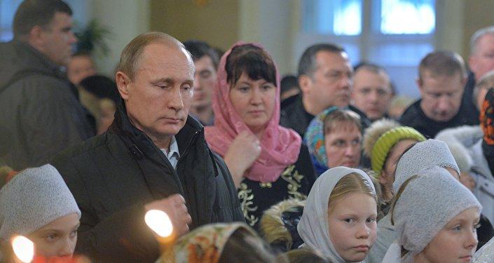Prezydent Rosji Władimir Putin świętuje Boże Narodzenie