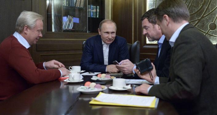 Prezydent Rosji Władimir Putin udziela wywiadu niemieckiej gazecie Build