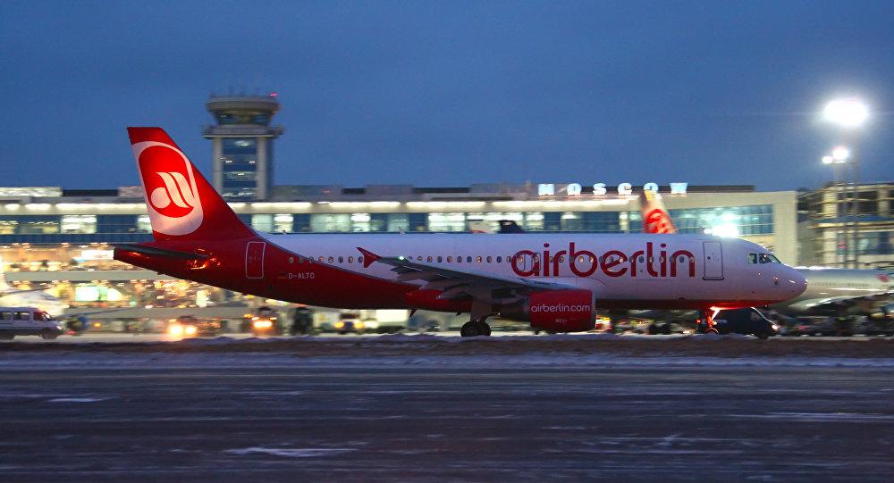 Samolot Air Berlin w Domodiedowie