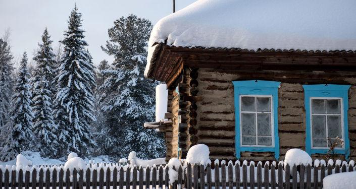Dom na wsi Wasis dzielnicy Tarskiej