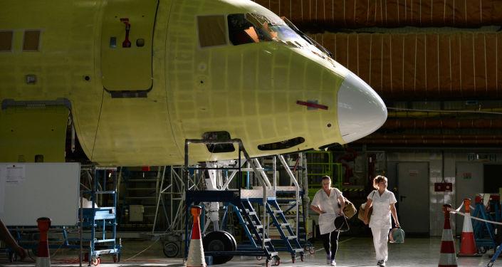 Montowanie samolotów Sukhoi Superjet w Komsomolsku nad Amurem
