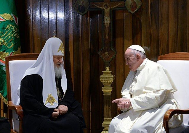 Spotkanie papieża Franciszka i patriarchy Moskwy Cyryla