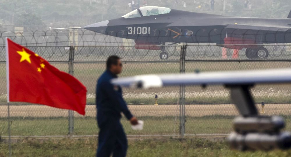 Chiński myśliwiec piątej generacji Shenyang J-31