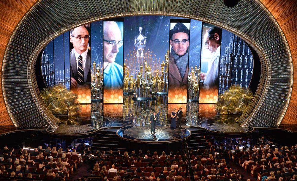 Mark Rylance podczas 88. ceremonii wręczenia Oscarów