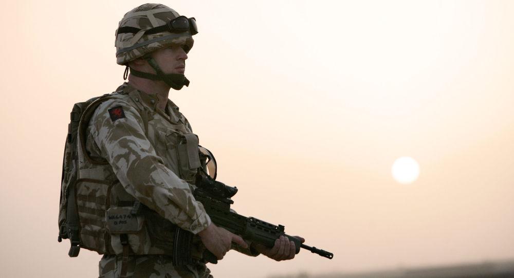 Żołnierz brytyjskiej armii w Kabulu