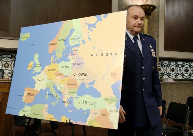 Dowódca wojsk NATO w Europie generał Philip Breedlove