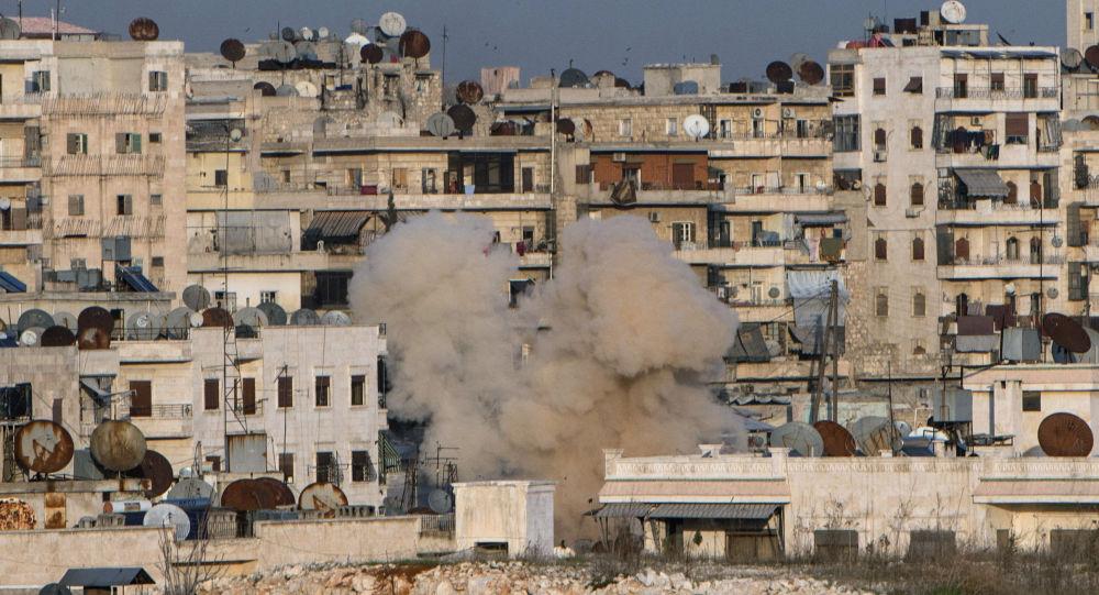 Ostrzał dzielnicy mieszkalnej Aleppo w Syrii