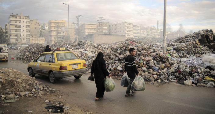 Ludzie na ulicy Aleppo
