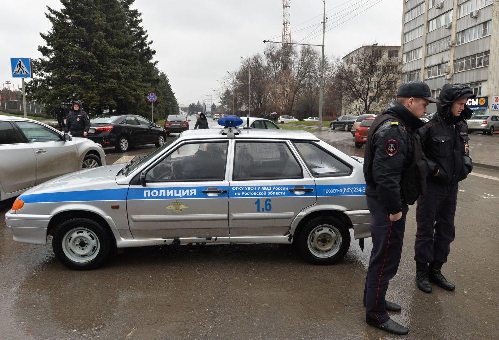 Policja na lotnisku w Rostowie nad Donem