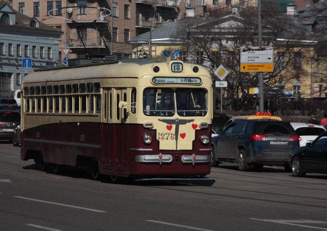 Parada tramwajów-2015
