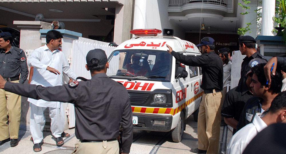 Karetka pogotowia w Lahaur