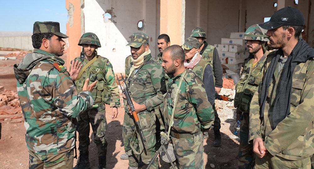 Syryjscy żołnierze na obrzeżach Palmyry