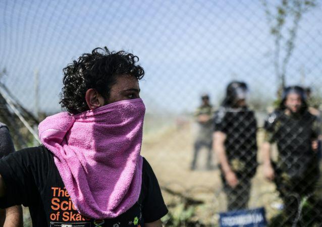 Imigranci na grecko-macedońskiej granicy