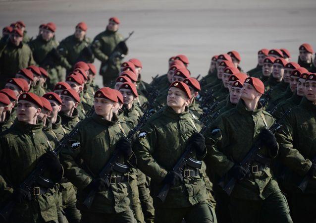 Żołnierze Oddzielnej Dywizji Operatywnego Przeznaczenia wojsk wewnętrznych MSW Rosji
