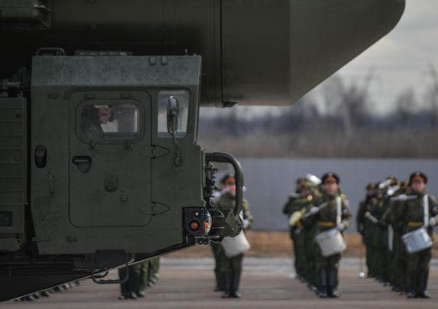 Międzykontynentalna rakieta balistyczna Jars w podmoskiewskim poligonie w Alabino