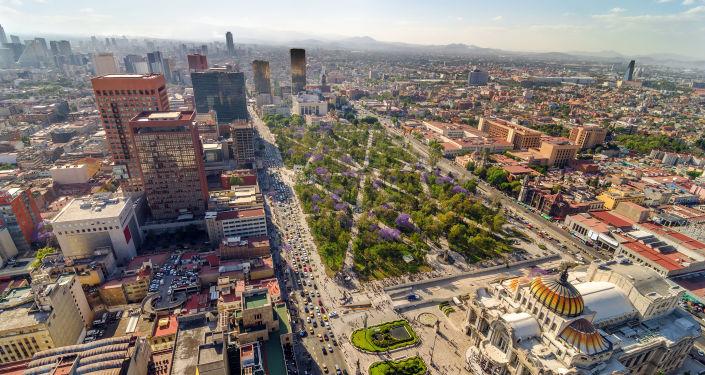 Вид на центр города Мехико, Мексика
