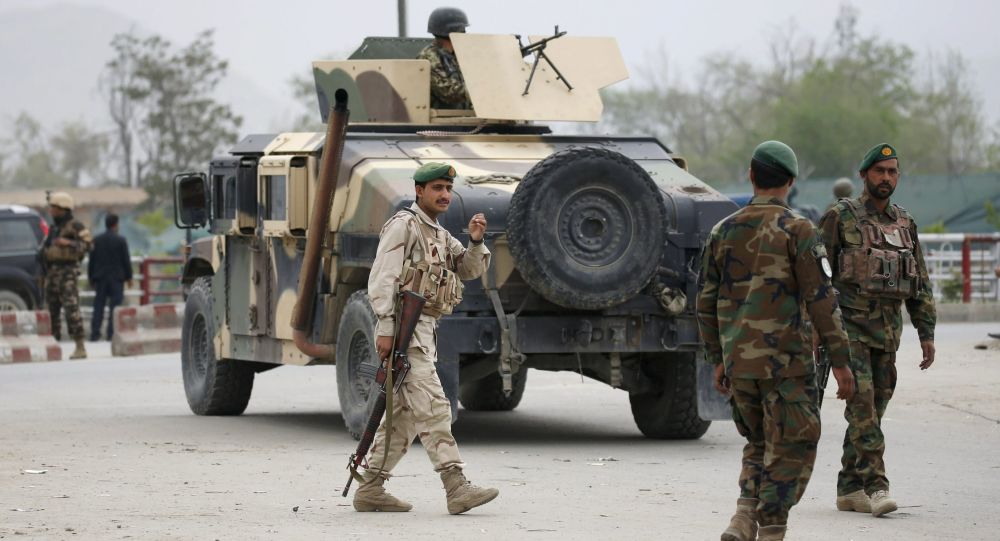 Afgańska armia na miejscu wybuchu w Kabulu