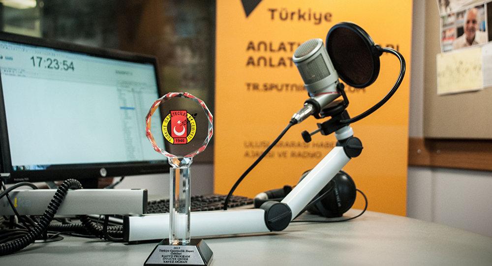 Radio Sputnik.