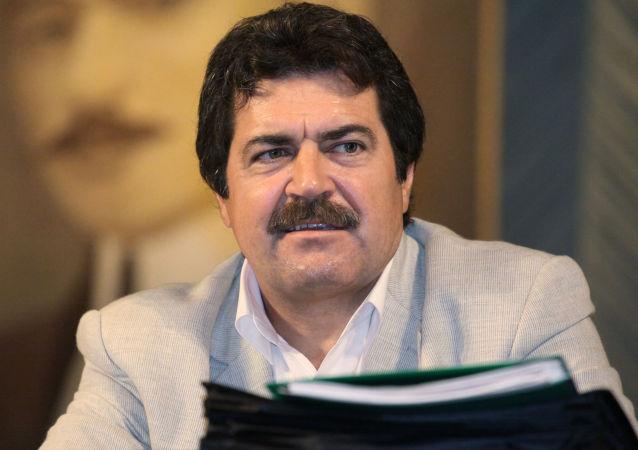 Przedstawiciel organizacji Qirim Birligi Remzi Iljasow