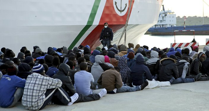 Migranci z Afryki, Włochy