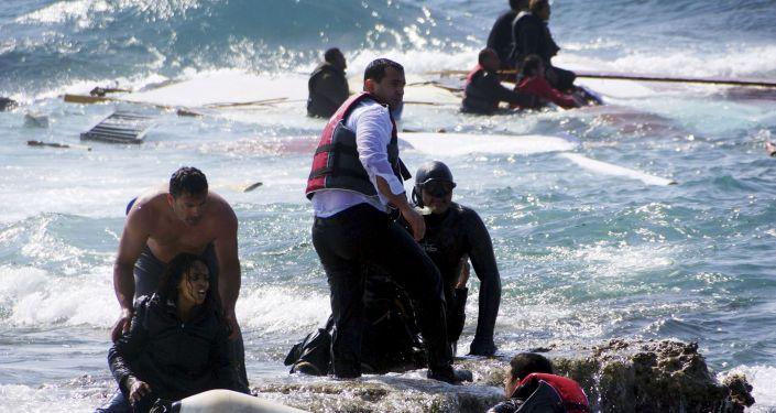 Imigranci, którzy chcą dostać się do Grecji