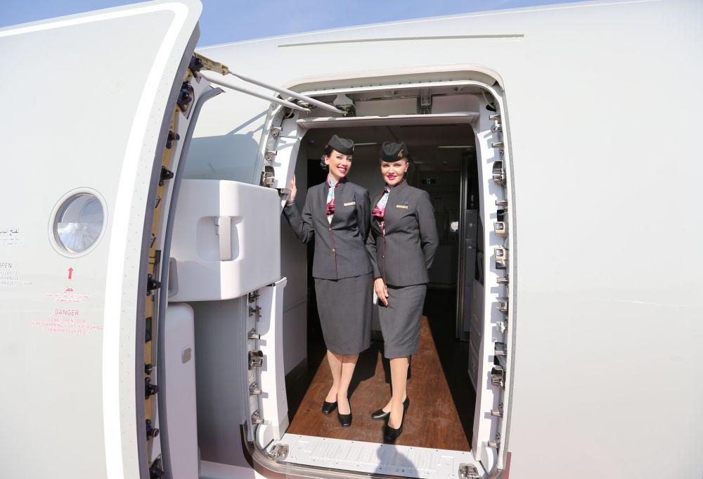 Stewardessy linii Qatar Airways