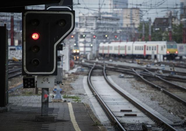 Droga kolejowa na stacji w Brukseli, Belgia