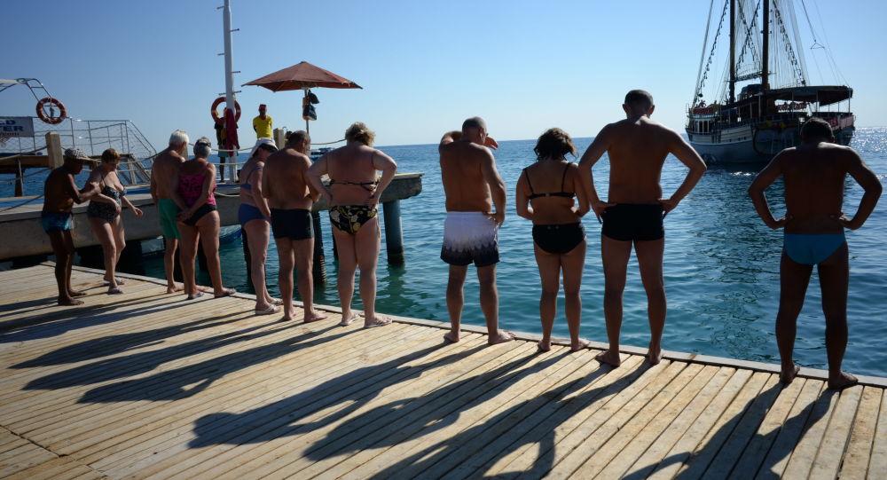 Rosyjscy turyści w Antalyi