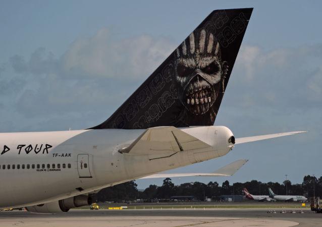 Samolot brytyjskiej grupy Iron Maiden