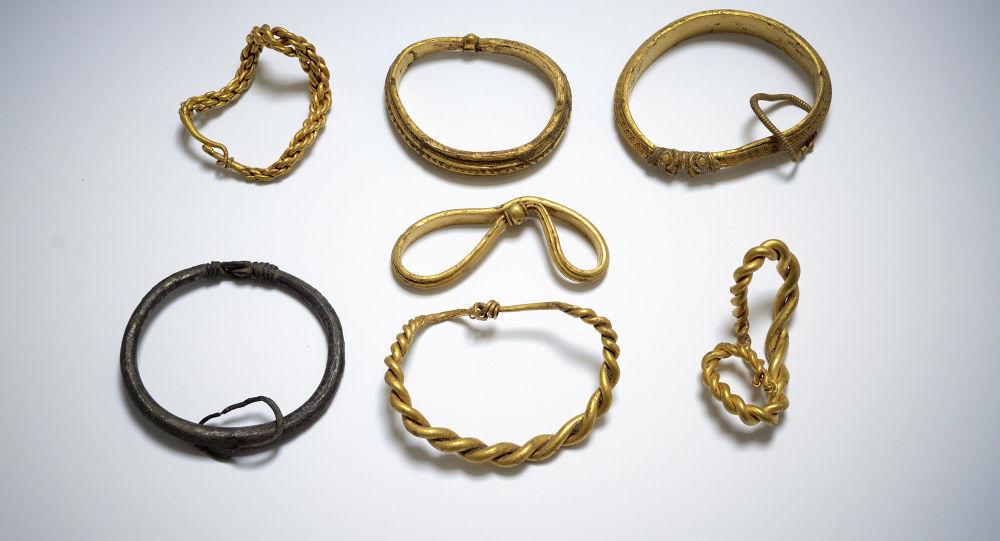 Bransolety znalezione w Danii